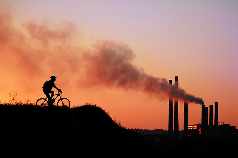 PM2.5は何が危ないの?中国からの汚染と国内の影響、正しいマスク対策について