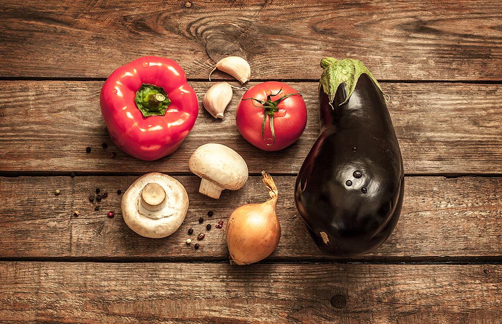 超身近な食の環境問題のまとめ。食品偽造から添加物、自給率、飽食、偏食、遺伝子組み換えまで